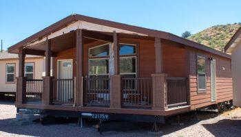 Cavco-West--Cedar-Valley-Cabin